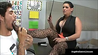 Awesome student needs to teach some footjob skills