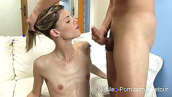 Best ever tugging and sucking crotch ending with facial