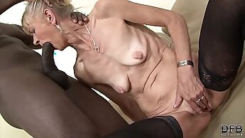 black granny with a strong ass is getting fucked in her wet pussy up close